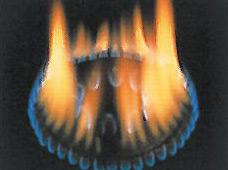 ガスコンロの火が、赤くメラメラ燃える原因