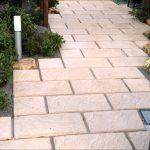 敷石を使った和風庭園の作り方 自分で簡単に施工する方法を紹介します