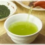 緑茶の美容効果について 緑茶を飲むとシミが目立たなくなります。