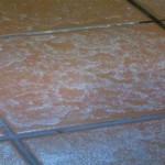 風呂場や洗面台の石鹸カスの落とし方について、おすすめの手入れ方法を紹介します
