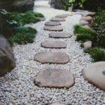 飛び石を使った和風庭園の作り方 自分で簡単に施工する方法を紹介します